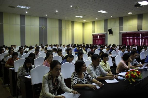 Hình học viên tham gia lớp nhận thức Đảng